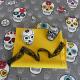 Tissu Toile Imprimée Tête de Mort Multico sur Fond Gris