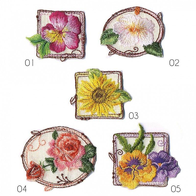 Ecusson Fleurs