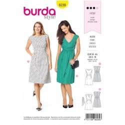 Patron Burda 6239 Robe Avec un Parement de Taille - Epaules Extra-larges