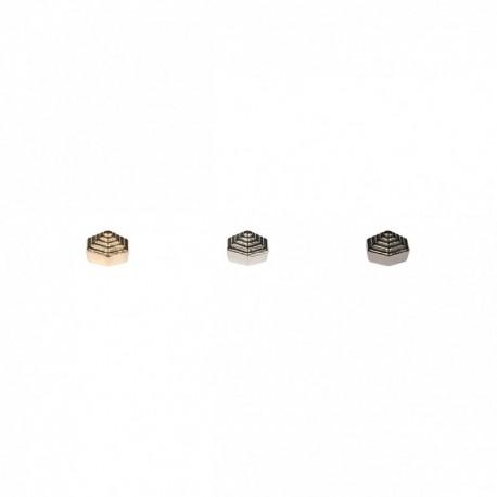 Cône pyramide à coudre